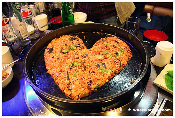 濟州島JeJu。大吃特吃…不容錯過黑豬肉、人蔘雞、辣炒雞排….